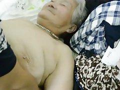 80 let stari japonski babica še vedno dobi creamed (uncensored)